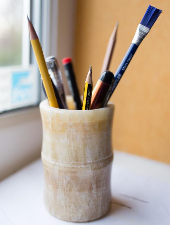 Jade pencil pot