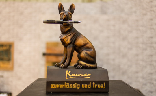 Kaweco German Shepard pen holder